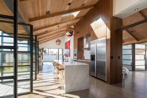 phoenix_industrial_bungalow_kitchen