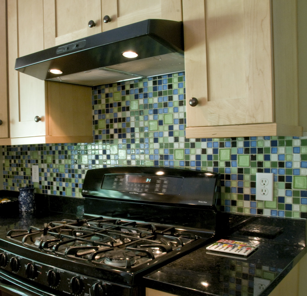 Recycled Glass Mosaics- The Easy Option - \'How-To\' & DIY Blog
