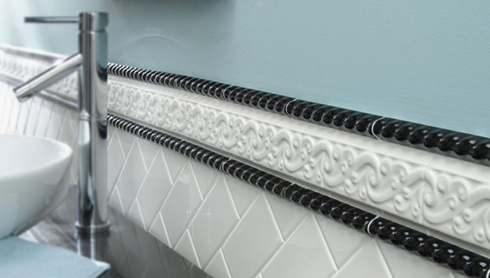 Top Off The Look With Bands Of Decorative Trim Tiles Black And White Add Texture A Modern Color Contrast To Lower Subway